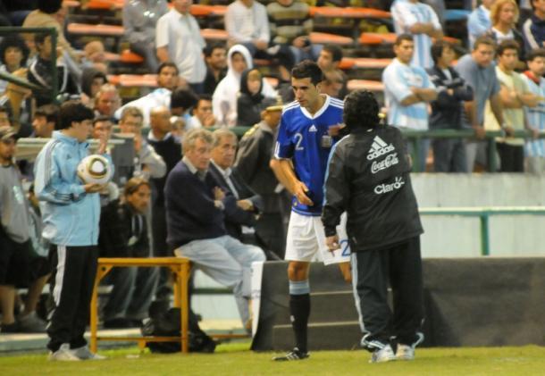 El Flaco Echeverría con Diego (Foto: Tarinha)