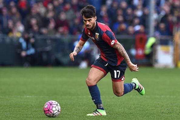 Jogador passou a última temporada emprestado ao Genoa (foto: Valerio Pennicino/Getty Images)