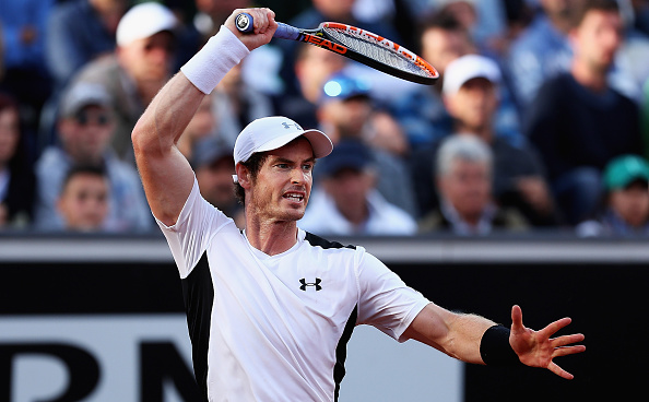 Andy Murray plays a shot to Jeremy Chardy (Photo: Matthew Slater/Getty Images)