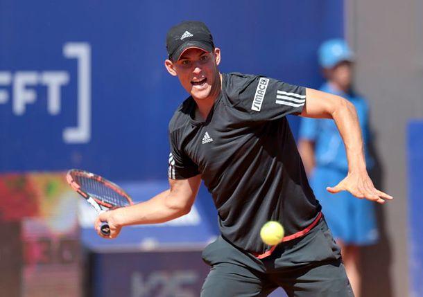 Dominic Thiem hitting a shot (Photo: ATP Nice)