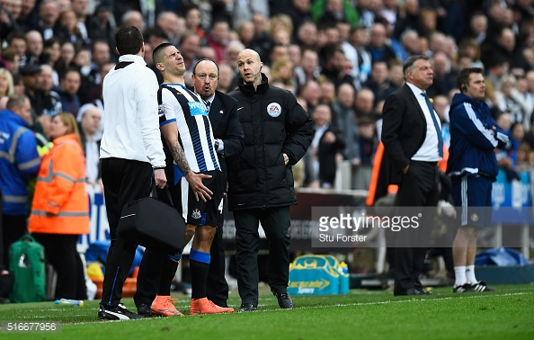 Benitez has told Mitrovic to stay put. Photo: Stu Forster/ Getty
