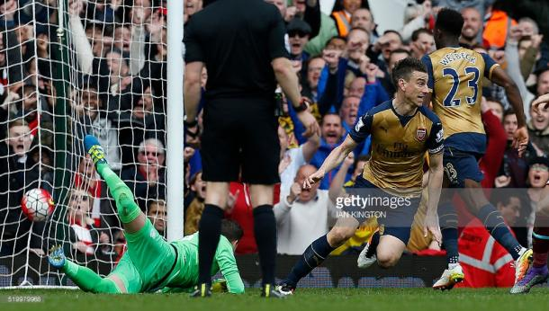 Koscielny marcou o 3º do Arsenal, consolidando o empate a 3