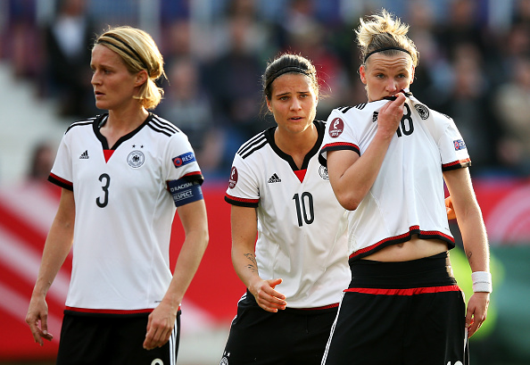 Bartusiak (left) has recently been named captain of her country. (Photo: Lars Baron/Bongarts/Getty Images)