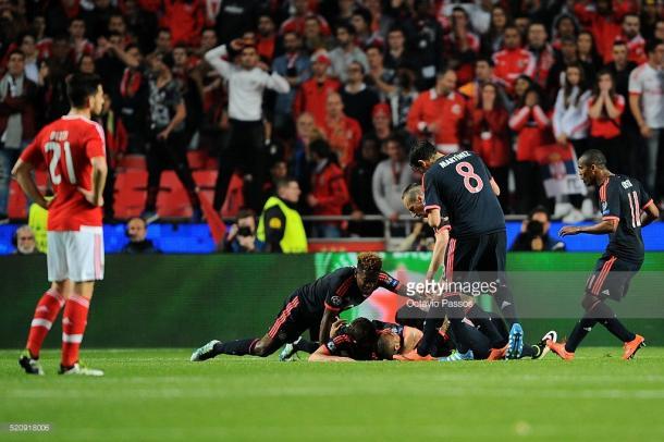 Vidal voltou a marcar ao Benfica