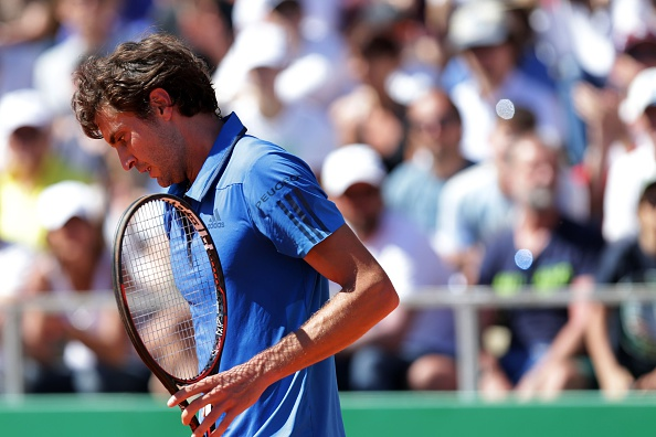 Simon continued to struggle with his serves | Photo: Jean Christophe Magnenet/Getty Images