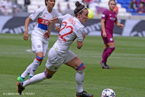 Lucy Bronze has had a stellar first season for OL | Source: R. Mouillaud-Le Progres