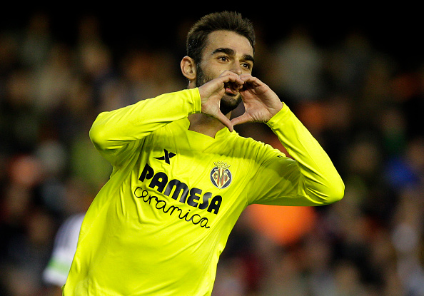 Adrián marcou o segundo gol do Villarreal no primeiro tempo (Foto: Getty Images)