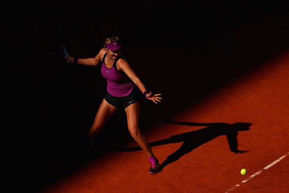 Azarenka plays a sloppy game but hangs on to her lead | Photo: Julian Finney/Getty Images