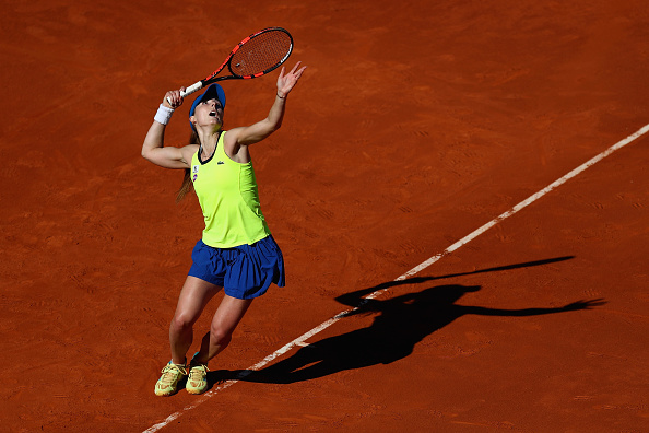Cornet fails to take the countless chances against a struggling Azarenka | Photo: Julian Finney/Getty Images