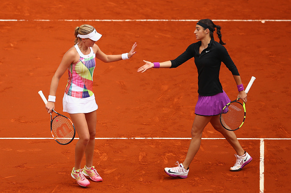 French pair edge to take the first set | Photo: Clive Brunskill/Getty Images