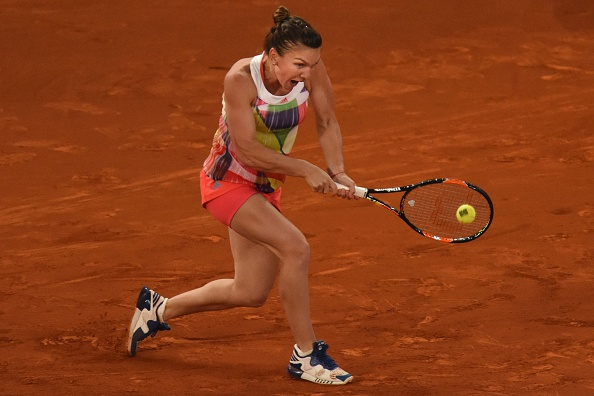 Halep (pictured) pushed by Cibulkova in a tight game but survives | Photo: Pedro Armestre/Getty Images