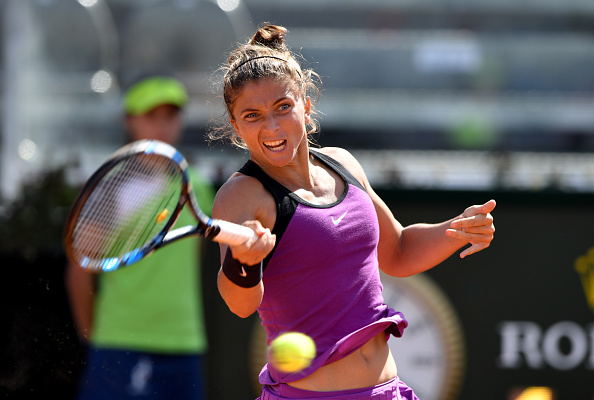 Even though she's the top seed, Errani has a tough battle on her hands | Photo: Tiziana Fabi/Getty Images