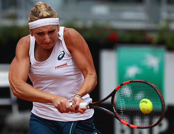 Bacsinszky finds the break back but loses it immediately | Photo: Matthew Lewis/Getty Images