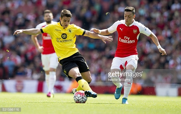Westwood playing in the FA Cup Final against Arsenal (photo: Getty Images)