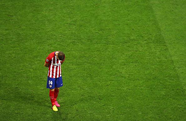 Capitão, Gabi foi um dos remanescentes do revés, em Lisboa, também contra o Madrid (Foto: Getty Images)