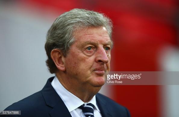 Hodgson diz que vai ter dificuldade em escolher os titulares