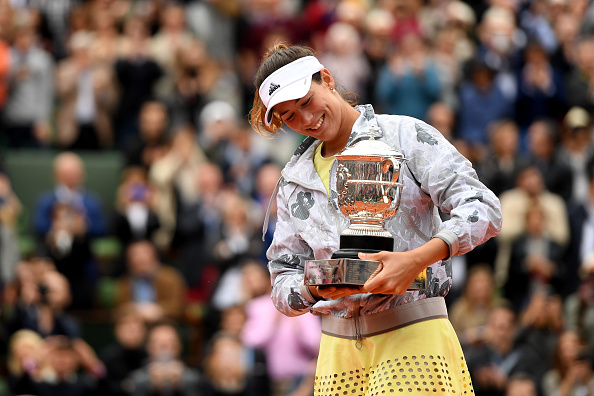 Garbiñe Muguruza defeated Serena Williams in order to win her first French Open title. Photo: Getty Images/Dennis Grombkowski