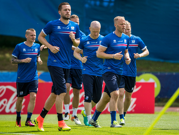 Gylfi Sigurdsson (second left) and Eidur Gudjohnsen (second right) are Iceland's big names. (Photo: Getty)