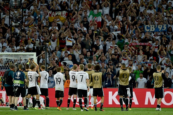 Germany applaud the travelling fans after opening their Euro 2016 account with a 2-0 win over Ukraine. (Photo: PHILIPPE HUGUEN/AFP/Getty Images)