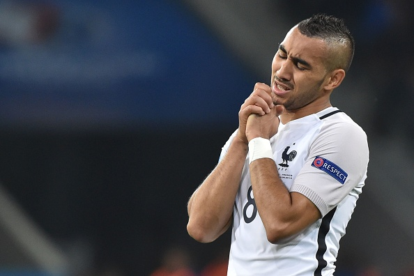Payet was one of those denied by the woodwork. (Photo: PHILIPPE HUGUEN/AFP/Getty Images)