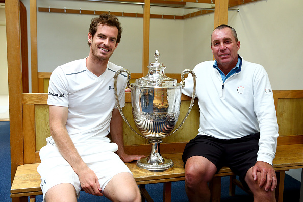 Andy Murray (L) and his coach Ivan Lendl (R) pose with the Aegon Championships trophy after winning his record breaking fifth title with victory in his final match against Milos Raonic at the Aegon Championships. (Photo by Jordan Mansfield/Getty Images)
