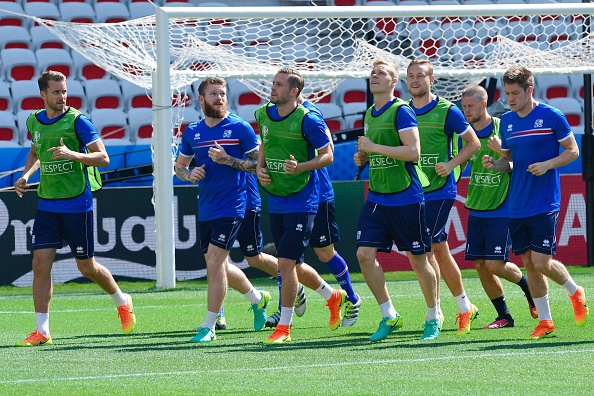 Gylfi Sigurdsson and his Icelandic teammates have enjoyed the benefits of a few days off ahead of their last 16 tie. (Photo: TOBIAS SCHWARZ/AFP/Getty Images)