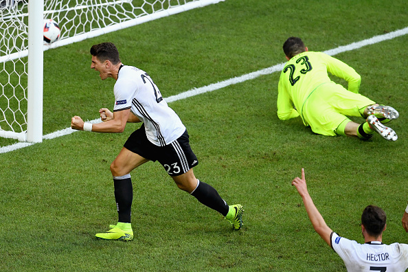 Mario Gomez celebrates after slotting home Germany's second. (Photo: Matthias Hangst/Getty Images)