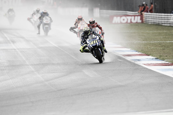 Rossi crashed out of first place during Assen last round | Photo: Getty