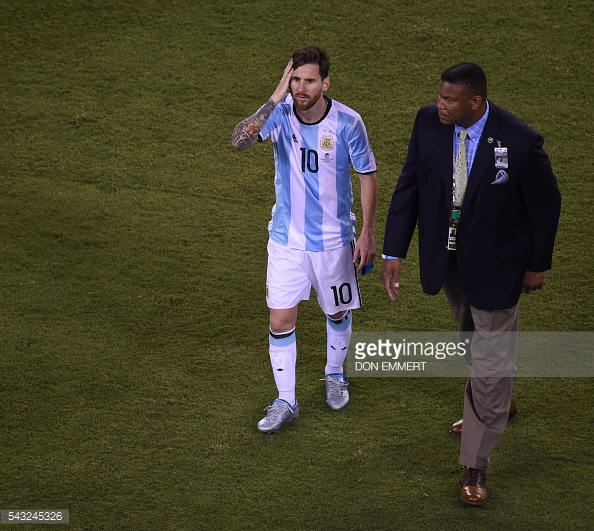 Messi teve um mês de Junho algo complicado