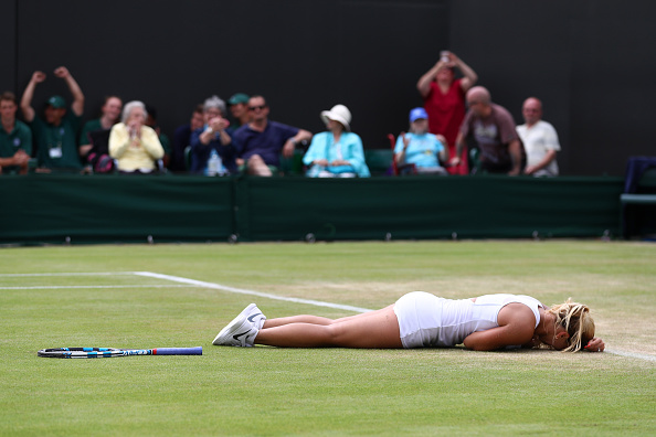 Cibulkova collapses to group after winning a classic (photo:getty)