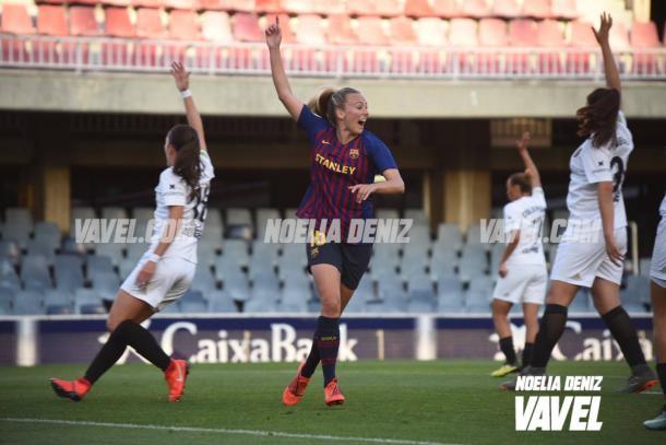 Toni Duggan celebrando el 1-0 | Foto: Noelia Déniz (VAVEL)