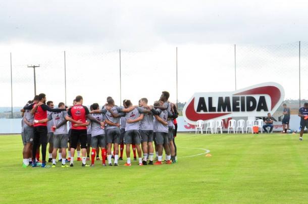 Elenco do Campinense durante os treinamentos (Foto: divulgação/Campinense)