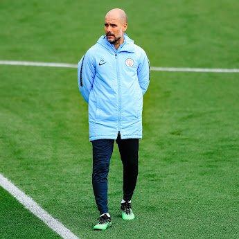 Guardiola durante el entrenamiento del City / Foto: Twitter Manchester del City