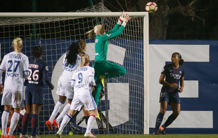 Kiedrzynek was in imperious form to keep her 10th clean sheet fhis season | Source: psg.fr