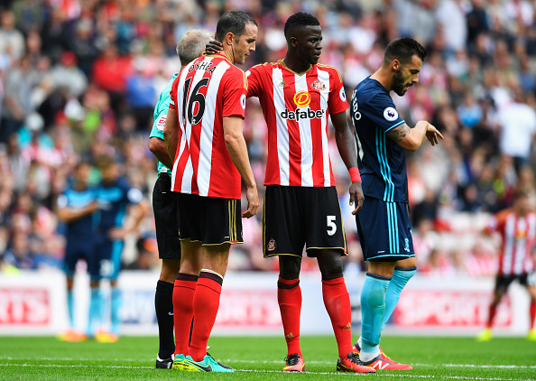 Above: John O'Shea showing his disappointment after his injury in Sunderland's 2-1 defeat to Middlesbrough | Photo: Getty Images