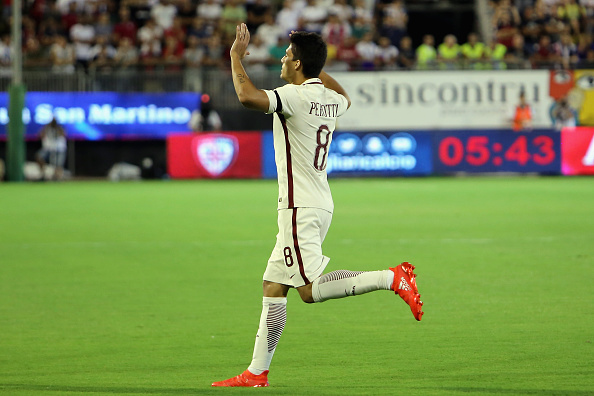 Perotti celebrates against Cagliari | Photo: Enrico Locci/Getty Images