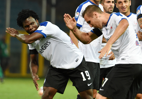 Kessie and teammate Jasmin Kurtic celebrate | Photo: GettyImages