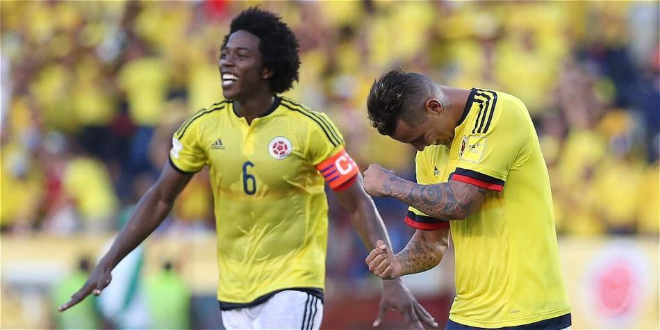 Sánchez capitaneando la selección Colombia en un encuentro ante Perú por eliminatorias a Rusia 2018. Imagen: Mauricio Moreno, El Tiempo.
