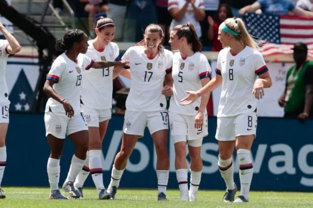The US team celebrates (Photo: Yahoo! Sports Australia)