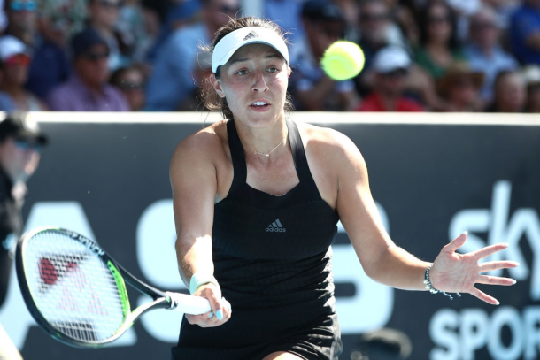 Jessica Pegula bounced back by dominating the baseline | Photo: Phil Walter