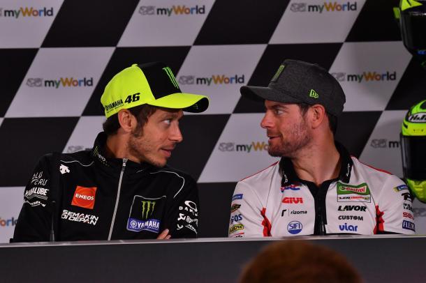 Crutchlow y Rossi en la rueda de prensa de este GP. Imagen: MotoGP