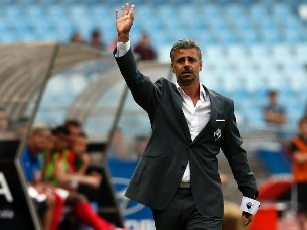 Filipe Gouveia quer os 3 pontos // Foto: maisfutebol.iol.pt