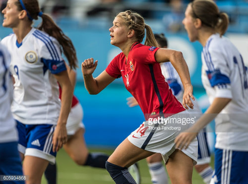 Ada Hegerberg was, once again, at the center of attention. Here she is pictured in the game against Kazakhstan.
