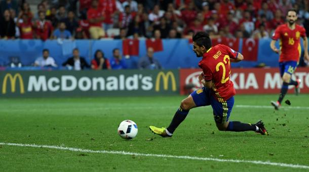 Nolito sweeps the ball home unmarked to double Spain's lead (Photo: Getty Images)