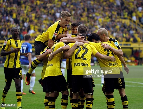 The Dortmund players celebrating during the team's thrashing of Darmstadt | Photo: