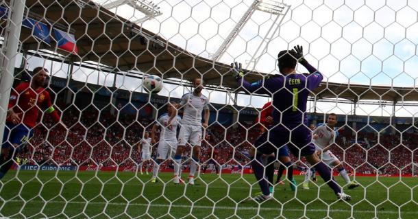 Il gol di Piqué da altra angolazione. Fonte foto: it.uefa.com