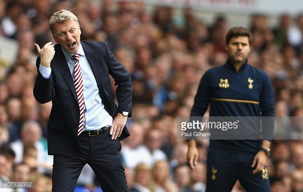 Above: David Moyes on the touchline in Sunderland's 1-0 defeat to Tottenham | Photo: Getty Images