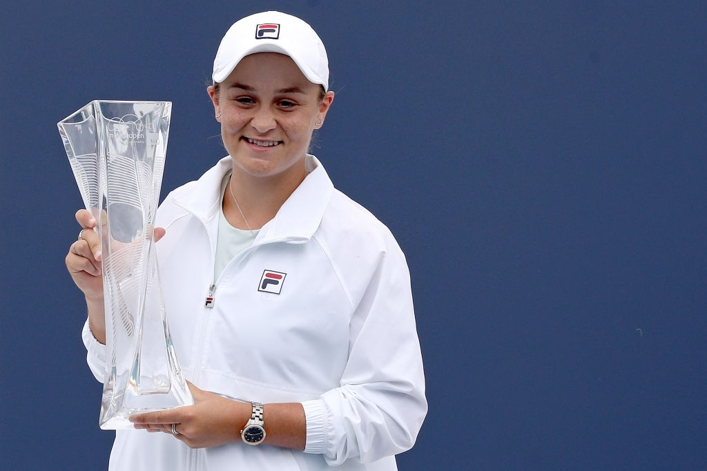 Barty closed her season pre-clay courts the same way she had started, by winning a title, this time a successful title defence in Miami. Photo: