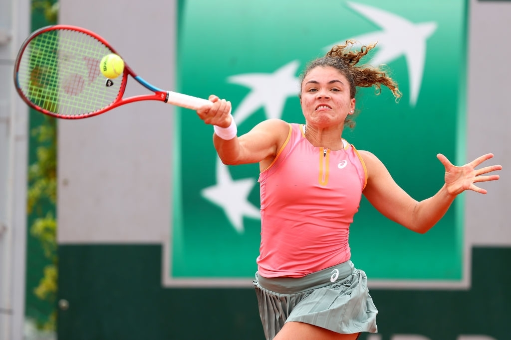 Paolini in action at <b><a  data-cke-saved-href='https://vavel.com/en-us/tennis-usa/2021/07/23/1079079-tokyo-2020-womens-tennis-preview.html' href='https://vavel.com/en-us/tennis-usa/2021/07/23/1079079-tokyo-2020-womens-tennis-preview.html'>Roland Garros</a></b> early last month. Photo: Julian Finney