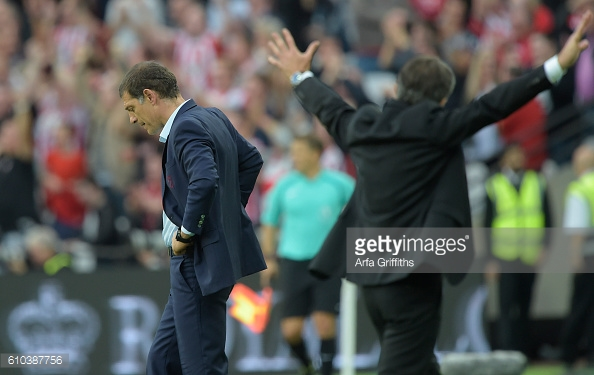 Above; West Ham United manager Slaven Bilic on the touchline during the 3-0 defeat to Southampton | Photo: Getty Images